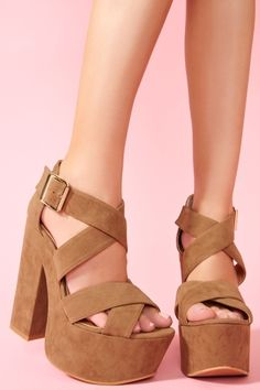 Shadow Platform in Taupe