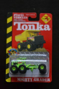 NEW Maisto Die Cast Tonka Series 3 #2 Mighty Grader 1:64 (2002)