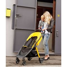 The Mamas & Papas Armadillo City stroller: Our pick for best urban stroller