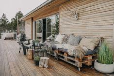 Svenngården Outdoor Furniture Sets, Outdoor Decor, Cabin, Home Decor, Decoration Home, Room Decor, Cabins, Cottage, Home Interior Design
