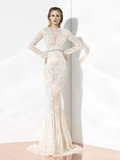 YolanCris | Elegant wedding dresses & couture bridal gowns by YolanCris///www.annmeyersignatureevents.com