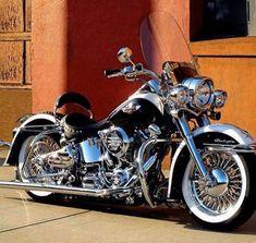 davidson dyna switchback #harleydavidsondynabobber #harleydavidsondynasport #harleydavidsondynaswitchback #harleydavidsondynawide #harleydavidsondynapictures #harleydavidsondynalowrider Harley Davidson Chopper, Harley Davidson Custom, Harley Davidson Road King, Harley Davidson Posters, Harley Davidson Forum, Classic Harley Davidson, Harley Davidson Street Glide, Harley Davidson Sportster, Vrod Custom