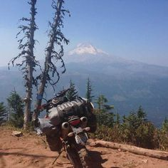 Pete follows the Cascade Discovery Route and connects it to the Oregon #Backcountry Discovery Route #3 down to California.  There's a quick & dirty #tripreport here on #advrider.com, and some pics and gear reviews included in this blog post. #MoskoMoto #dualsport #advlife #motocamping #motorcyclegear #motorcycle #camping #adventure #KTM #mthood #backroads #motolife
