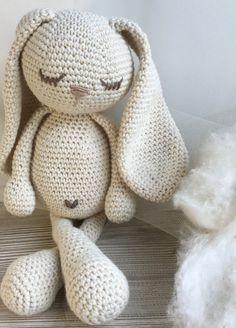 Amigurumi Crochet Bunny Free Patterns Long Eagle R Crochet Baby Toys, Crochet Teddy, Crochet Animals, Crochet Dolls, Crochet Yarn, Baby Knitting, Cotton Crochet, Crochet Bunny Pattern, Crochet Patterns