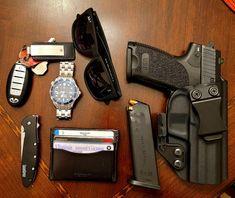 Everyday Carry Gear, Bullets, Edc, Random Things, Knives, Survival, Gadgets, Guns, Board