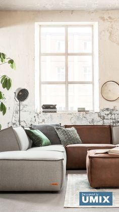 Modulaire bank Brooklyn Do you already know Brooklyn bank? This is an affordable modular sofa that c Living Room Decor, Bedroom Decor, Diy Bed Frame, Modern Sofa, Love Seat, Brooklyn, Furniture Design, Interior Design, Home Decor