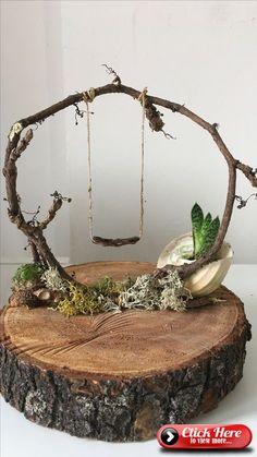 Ivy on wood. ivy on wood. decoration - Ivy on wood. disc decoration Ivy on wood. decoration Check more at garden. Fairy Garden Houses, Diy Garden, Garden Crafts, Garden Art, Balcony Garden, Garden Landscaping, Garden Ideas, Diy Fairy House, Fairy Gardening