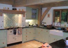 Oh wow eau de nil paint and tiles....love