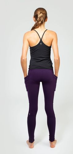 from plank pose to hanging with friends, these four–way stretch pants move with you throughout your day. | Perfect Prana Pant