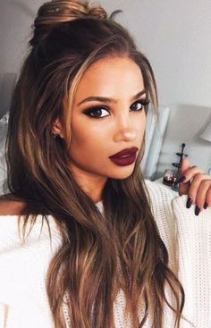 21 Straight Hairstyles for Long Hair - Hair Style Woman Easy Hairstyles For Long Hair, Pretty Hairstyles, Girl Hairstyles, Long Haircuts, Black Hairstyles, Hairstyle Ideas, Wedding Hairstyles, Messy Hairstyle, Makeup Hairstyle