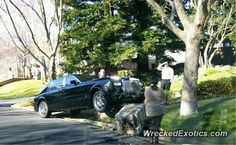 Rolls-Royce Phantom crashed in Danville, California