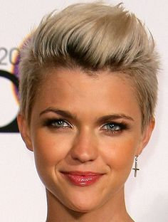 I can't go that short on the sides probably - Hair Styles Super Short Hair, Super Hair, Short Hair Styles For Round Faces, Short Hair Cuts, Pixie Cuts, Short Pixie, Ruby Rose Hair, Corte Bob, Pelo Pixie