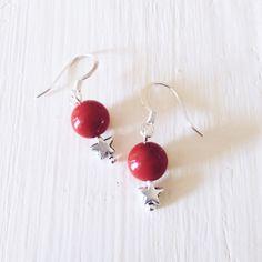 Boucles d'oreilles pendantes PASTEL Jade rouge : Boucles d'oreille par enyway