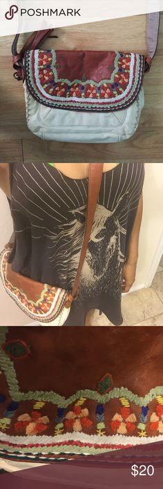 Lucky crossbody worn once crossbody bag - goes to top of thigh, hip if you're taller, great for every day function Lucky Brand Bags Crossbody Bags