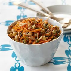 Chef Charles Kelsey of Cutty's in Brookline, Massachusetts, tosses chickpeas and carrots with a deliciously unusual combination of smoked paprika, cumin and cilantro. Make-Ahead Picnic Salads Healthy Picnic Foods, Healthy Grilling, Healthy Eating, Healthy Food, Best Summer Salads, Summer Salad Recipes, Summer Food, Wine Recipes, Cooking Recipes