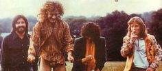 Robert Plant drops his pants in response to being asked if he packs his pants or is he really that well hung. He is really that well hung! Led Zeppelin Iv, Robert Plant Led Zeppelin, Page And Plant, Hampton Beach, Jimmy Page, Plant Pictures, Stairway To Heaven, Musicians, Bob