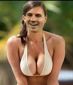 Argentyńczyk stał się kobietą z wielkimi balonami • Lionel Messi zadowolony ze swojego nowego ciała • Wejdź i zobacz śmieszną fotkę >>
