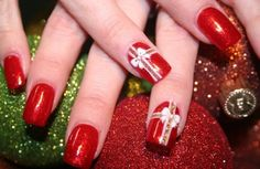 Are you looking for unique and sophisticated nail art designs for Christmas party, holiday gatherings and New Year eve? Well, you are at right place because here we have presented collection of top 10 outstanding Christmas nail art pictures which can definitely help you flaunt your nails for any event. However before having a look …