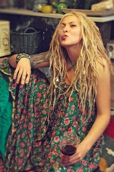 dreads and flowers, I love this, It's me as a hippe. I'm just a bohem at the moment.