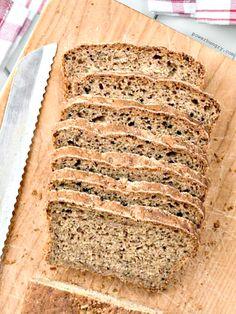 Oat & Walnut Bread {vegan and flourless} |