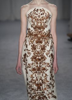 What the Tyrell Queen would wear, Marchesa