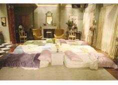 Blair Waldorf Sleepover
