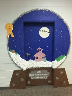 Bring some good cheer to your classroom with this holiday classroom doors and winter classroom door ideas. Then recreate them yourself! Christmas Door Decorating Contest, Holiday Door Decorations, School Door Decorations, Christmas Door Decorations, Dorm Door, Balkon Design, School Doors, Office Christmas, Christmas Christmas