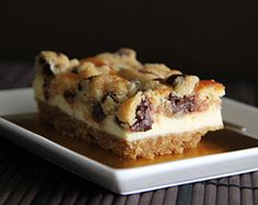 Chocolate Chip Cookie Dough Cheesecake Bar from Rasa Malaysia Cookie Dough Cheesecake, Nutella Cheesecake, Cheesecake Bars, Cookie Bars, Just Desserts, No Bake Desserts, Delicious Desserts, Yummy Food, Fun Food