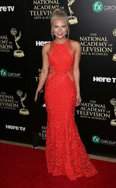 Kelli Goss killing it in red! White Gowns, White Dress, Dress Red, Kelli Goss, Military Ball Gowns, Illusion Dress, Red Carpet Looks, Stunning Dresses, Red Carpet Fashion