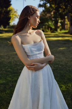 jenny yoo spring 2020 bridal sleeveless thin straps cowl straight neckline a line ball gown wedding dress pocket chapel train zv -- Jenny Yoo Collection Spring 2020 Wedding Dresses Dream Wedding Dresses, Wedding Gowns, Pretty Dresses, Beautiful Dresses, Glamouröse Outfits, Look Formal, Wedding Dress With Pockets, Bridesmaid Dresses, Prom Dresses