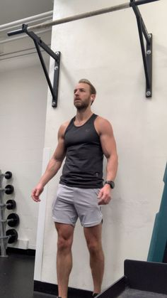 Hanging Leg Lifts Source by arcreid The post Hanging Leg Lifts appeared first on Shane Carlson Fitness. Home Workout Men, Full Body Hiit Workout, Gym Workout Videos, Abs Workout Routines, Weight Training Workouts, Body Weight Training, Gym Workout For Beginners, Best Cardio Workout, Gym Workouts