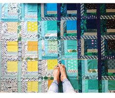 From @april.two.eighty on Instagram - log cabin quilt featuring cotton and steel center fabrics
