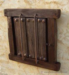ventana castellana de madera antigua con reja de hierro, rustica - Foto 3