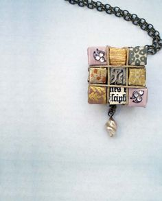 Neat paper necklace