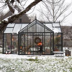 Ja, for du har vet vel hva er orangeri er? Nest, Oslo, Backyard, Instagram Posts, Christmas, Beautiful, Garden Ideas, Home, Nest Box