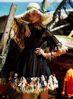 """I'll be at the Beach"" - Vogue Japan May 2013. Photography: Giampaolo Sgura"