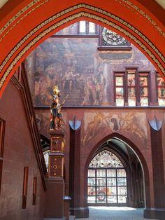 Katja Schmitt | A Day Trip to Basel | Tagestour nach Basel | Rathaus