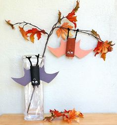 Hanging Tp roll bats - Halloween craft for kids // Lógó denevérek WC papír gurigából - Halloween dekoráció // Mindy - craft tutorial collection