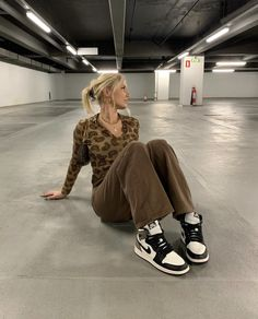 Cute Casual Outfits, Retro Outfits, Indie Outfits, Sporty Outfits, Selfies, Brown Outfit, Mode Vintage, Fall Winter Outfits, Look Cool