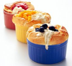 Orange Grand Marnier Souffle recipe from Indian Simmer. Ingredients: 6 medium oranges (about 2 inches wide), 3 large eggs, separated, cup sugar plus 2 tbsp sugar, and more for sprin. Grand Marnier Souffle Recipe, Sweets Cake, Large Egg, Pudding, Meals, Cookies, Cream, Orange, Recipes