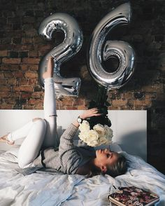 Birthday photoshoot posts 26 ideas for 2019 Birthday Goals, 26th Birthday, Girl Birthday, Birthday Ideas, Birthday Girl Pictures, Birthday Photos, Balloon Pictures, Birthday Photography, Tumblr Photography