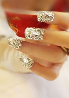 Wedding Nail Designs : A sparkly pink and gold bridal manicure for spring or summer! Gorgeous Nails, Love Nails, How To Do Nails, Pretty Nails, Crazy Nails, Bling Bling, Bling Nails, Nail Art Designs, Glitter Make Up