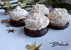 Moje vánoční cukroví Pavlova, Christmas Cookies, Cheesecake, Muffin, Food And Drink, Breakfast, Xmas Cookies, Morning Coffee, Christmas Crack
