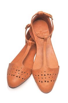 MOZAIC. Pointy toe shoes / womens shoes / leather flats by BaliELF