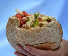 Vegan Recipes Healthy Clean Eating, Tasty Vegetarian Recipes, Pan Arabe Relleno, Comida Diy, Pita Sandwiches, Confort Food, Deli Food, Exotic Food, Wrap Recipes
