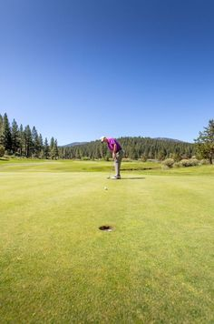 Northstar California offers a great Tahoe golf experience and it is one of the best places to take clients, a work group, visiting family members or to simply get out for a few lessons with the PGA pros on staff and work on correcting that slice || Northstar California Golf Course