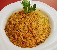 Griechischer Tomatenreis rice – Greek tomato rice, delicious with paprika, tomatoes and various spices. a bit of greece for home Greek tomato rice Greek Recipes, Rice Recipes, Vegetable Recipes, Vegetarian Recipes, Cooking Recipes, Healthy Recipes, Noodle Recipes, Greek Rice, Tomato Rice