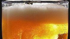 Conheça a história de criação da máquina que gela cerveja em 45 segundos http://oesta.do/1Af2UA5 pic.twitter.com/s3jqMWeuEK