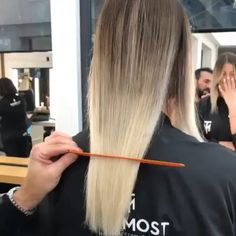 Hair Transformation & best look – Hair styles Cabelo Ombre Hair, Hair Places, Hair Color Techniques, Hair Transformation, Hair Highlights, Hair Videos, Hair Beauty, Beauty Style, Cute Hairstyles