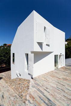 Casa Vallvidrera / YLAB Arquitectos
